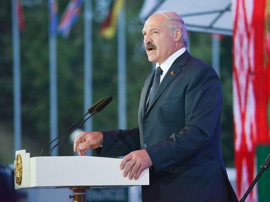 Лукашенко освободил от должности постпреда при Евросоюзе