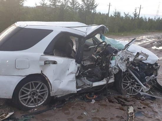 Водитель иномарки погиб в ДТП с УАЗом в Новом Уренгое