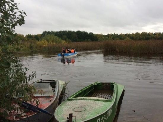 Спасатели нашли тело утонувшего рыбака с перевернувшейся на Волге лодки