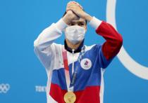 Российская команда поехала в Токио без флага и под непонятным для иностранцев названием ROC. И все прекрасно знают почему. Наверное, все спортсмены, особенно опытные, понимали, что столкнутся с хейтом и обвинениями «за глаза». А вот мы, как всегда, почему-то оказались не готовы. «МК-Спорт» призывает: хватит раскачивать лодку, и давайте брать пример с наших олимпийских героев.