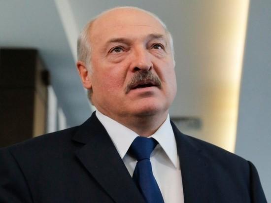 Лукашенко: Запад хочет оставить белорусов без пенсий и зарплат