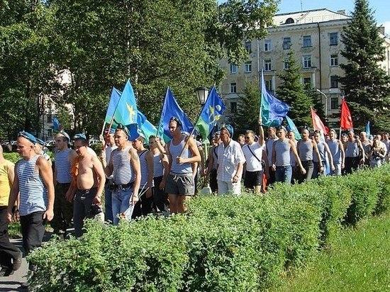 День ВДВ не будут широко отмечать в Новосибирске из-за коронавирусных ограничений, введенных ранее губернатором из-за ухудшения эпидемиологической обстановки