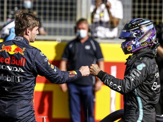"""В """"Формуле-1"""" впервые за много лет началась битва за титул"""