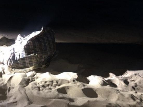 На самарском пляже нашли сумку с обмотанным скотчем телом женщины
