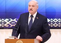 Президент Белоруссии Александр Лукашенко заявил, что в случае угрозы Союзному государству в республике может быть размещен контингент российских вооруженных сил