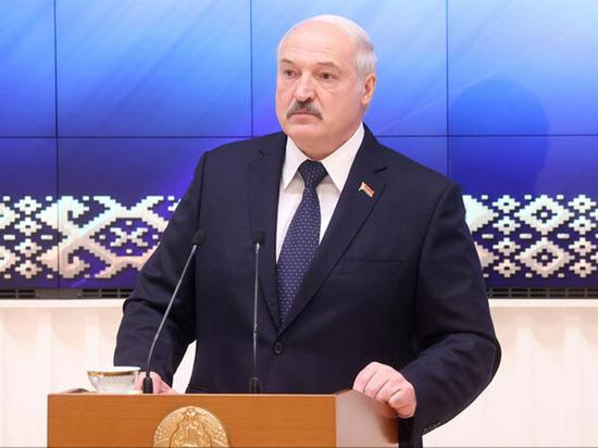 Белорусский лидер пытается давить на Запад