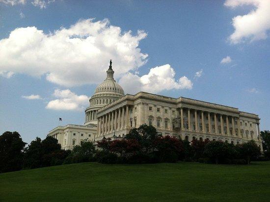 Конгресс США принял законопроект, затрагивающий «Северный поток – 2»