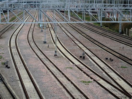 В МЖД назвали причину столкновения поезда с грузовиком под Калугой
