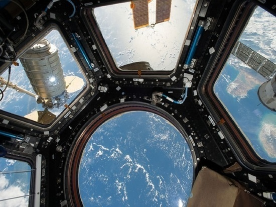 "Астронавт опубликовал фото первого входа экипажа МКС в модуль ""Наука"""