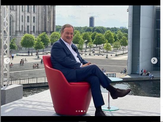 """Лидер правящей партии Германии пригрозил перекрыть """"Северный поток-2"""""""