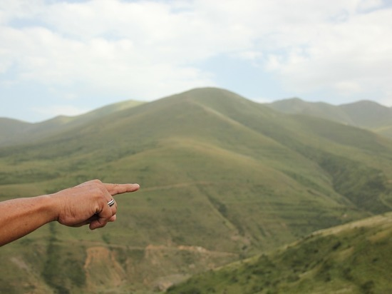 Минобороны Армении заявило о новом обстреле армянских позиций на границе с стороны Азербайджана