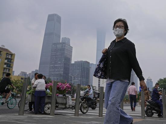 Новая вспышка коронавируса в Китае встревожила специалистов: COVID расползается
