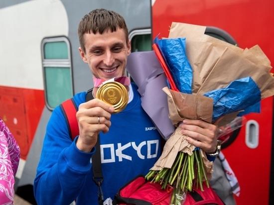 Олимпийский чемпион из Карелии Владислав Ларин посвятил золотую медаль дедушке