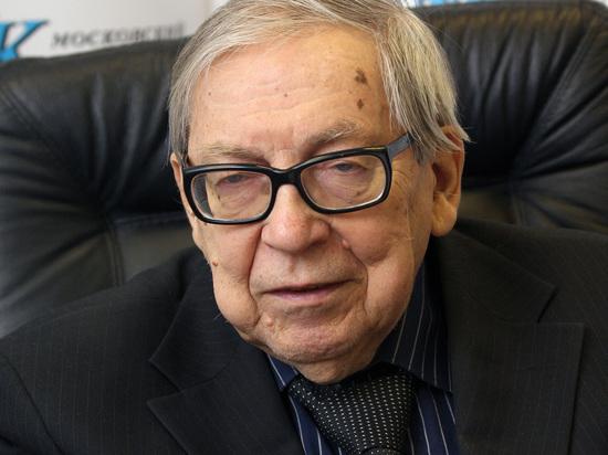 Скончался многолетний декан, а затем президент факультета журналистики МГУ Ясен Засурский