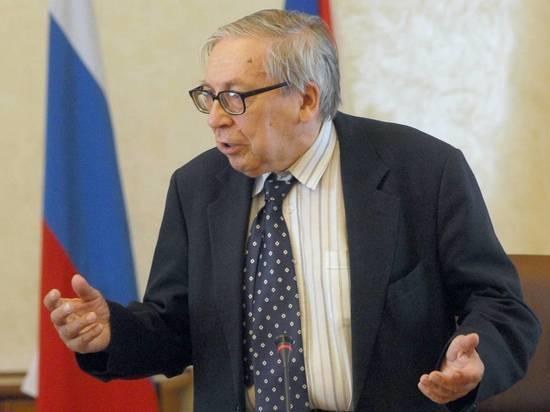 Глава Минобрнауки отметил талант Засурского слышать каждого студента