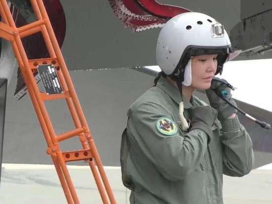 Женщина стала командиром экипажа истребителя Су-30СМ впервые в истории Казахстана