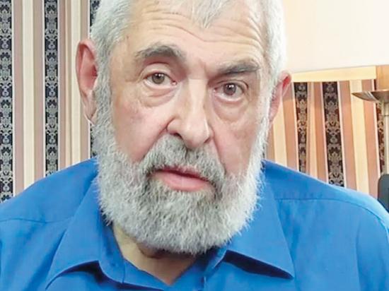 Знаменитый писатель отметил 81-й день рождения