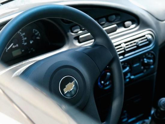 Водителей предупредили об опасности кондиционеров в авто в жару