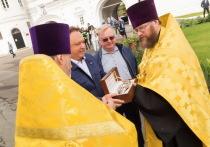 С 31 июля по 7 октября жители Кирова и Кировской области получили возможность ощутить чудодейственную силу христианской святыни