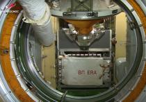 В настоящую карусель превратилась на время Международная космическая станция после стыковки к российскому сегменту МКС модуля МЛМ «Наука» 29 июля