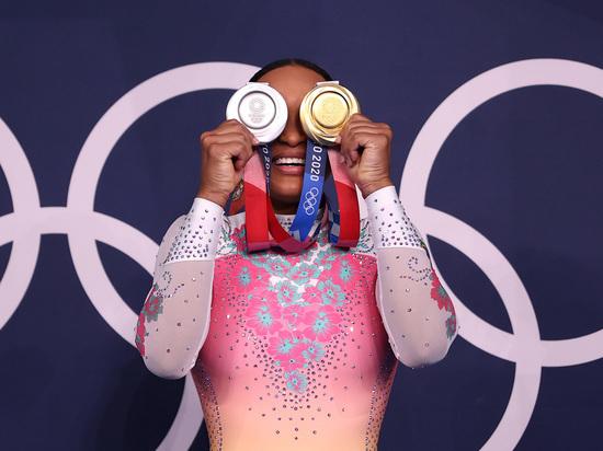В десятый день Олимпийских игр в Токио-2020 разыграют 26 комплектов медалей. Внимательно следим за спортивной гимнастикой, греко-римской борьбой, греблей и легкой атлетикой. «МК-Спорт» расскажет, где и когда смотреть за Олимпиадой 3 августа.