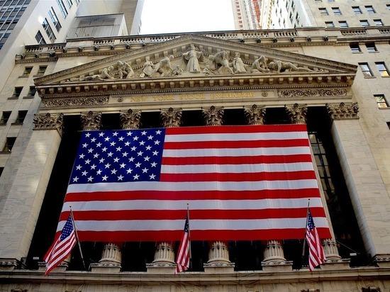 """Минфин США приступил к """"чрезвычайным мерам"""" из-за достижения потолка госдолга"""
