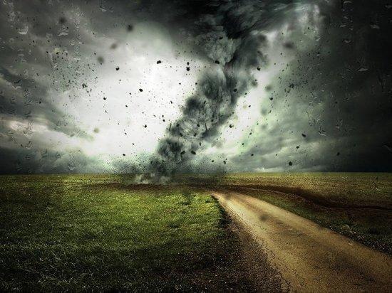 Синоптик сообщил о возможности возникновения торнадо в Поволжье в ближайшие сутки
