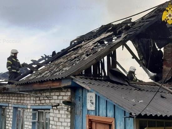 Пожар дома на три семьи произошел в Козельске