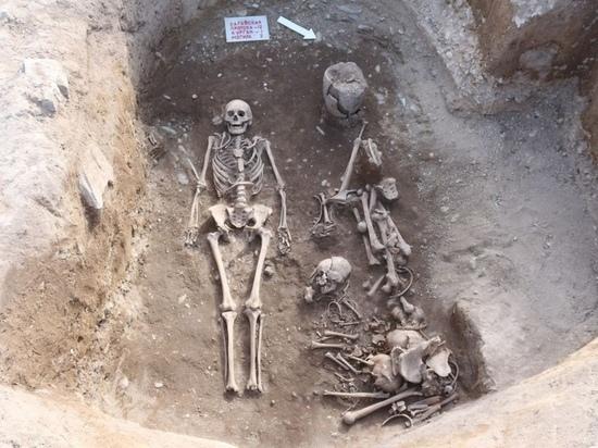 Археологи СО РАН нашли в Хакасии захоронения тагарской культуры