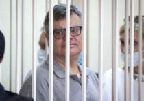 Экс-кандидат в президенты Белоруссии Виктор Бабарико, приговоренный к 14 годам лишения свободы, вышел на работу в Новополоцкой колонии