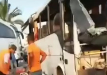 На турецкие курорты валится одна напасть за другой: всенародные каникулы на мусульманский праздник Курбан-Байрам к 26 июля увенчались резкой ковидной вспышкой, следом вспыхнули леса в курортных зонах