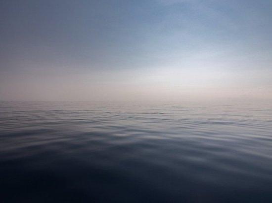 Sky News: Вооруженные люди забрались на танкер в Оманском заливе