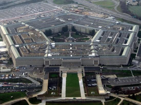 CNN: полицейский погиб при стрельбе рядом с Пентагоном
