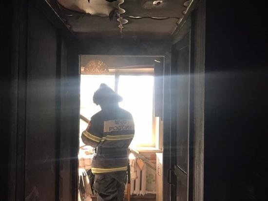 На пожаре в многоквартирном доме на Серебровской погиб мужчина