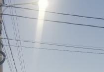 Горящие днем уличные фонари удивили жителей Салехарда