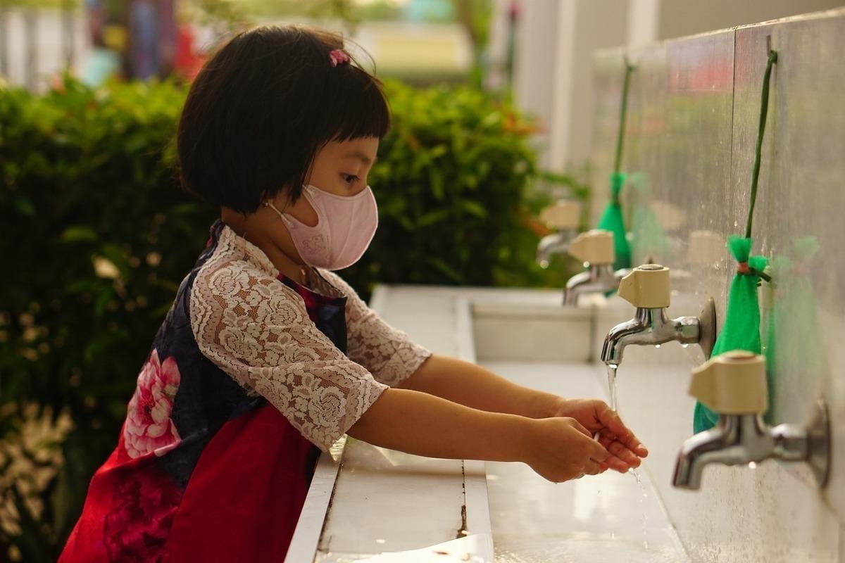 Ученые рассказали о влиянии «длительного COVID» на детей