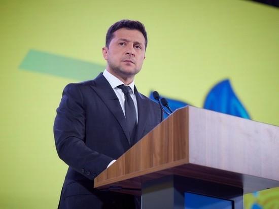 Зеленский поручил усилить защиту белорусских иммигрантов
