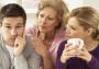 Одна из самых распространенных проблем «отцов и детей», которая портит жизнь выросшему поколению, — это несвоевременное или вообще не сложившееся отделение от родителей