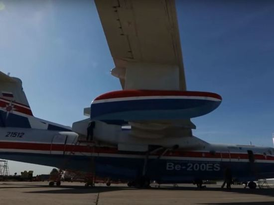 В Греции похвалили российский самолет Бе-200 за борьбу с пожарами