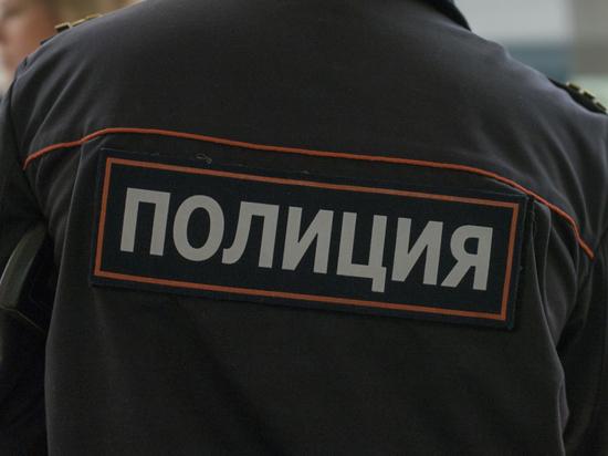 Взрыв произошел у здания петербургского муниципалитета Смольнинское