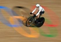Кинезиологические тейпы на ногах спортсменов из сборной Дании спровоцировали скандал в велотреке на Играх в Токио