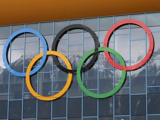 Россиянин Угуев выиграл золото Олимпиады в соревнованиях по вольной борьбе