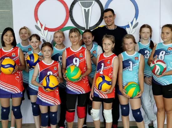 Тренер из Оренбурга развивает волейбол в Красноселькупе