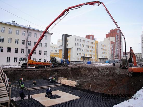 ЧМК изготовил прокат для строительства нового корпуса больницы в Уфе