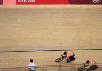 Российский велогонщик Денис Дмитриев уступил в борьбе за бронзу в индивидуальном спринте на Олимпиаде англичанину Джеку Карлину (+0.486; +0.015)
