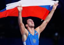 Российский борец Заурбек Сидаков выиграл золотую медаль Олимпиады в вольной борьбе в весе до 74 кг