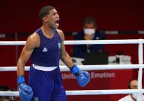 Россиянин Глеб Бакши принес национальной команде бронзовую медаль в соревнованиях по боксу