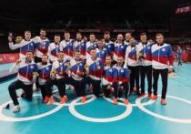 Русско-волейбольная традиция – проигрываешь 0:2, отыгрываешься и играешь «золотой» сет. Увы, в матче с французами сборной России не удалось повторить камбэк Лондона-2012. А ведь так было похоже… «МК-Спорт» расскажет, как российские волейболисты завоевали серебро Игр в Токио.