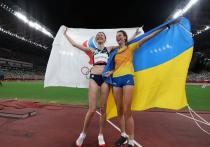 Легкоатлетка сборной Украины Ярослава Магучихподверглась критике в соцсетях из-за совместногофото с россиянкойМарией Ласицкене