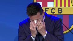 """Лионель Месси расплакался на прощальной пресс-конференции в """"Барселоне"""""""